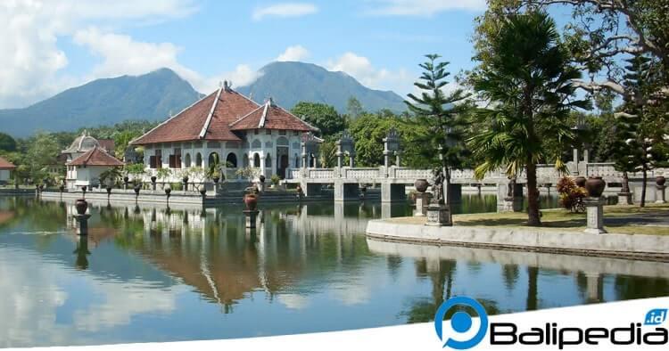 Taman Ujung Bali